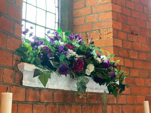 Liturgical arrangements at St Andrew's Church, Wimbledon