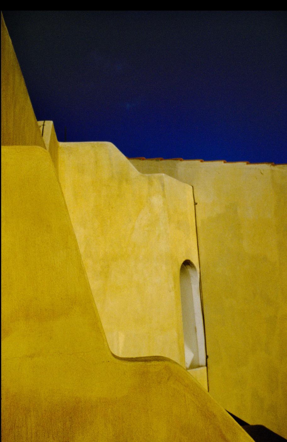 Cabo Walls