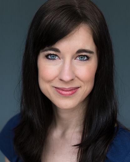 Stacey Bradshaw Headshot 2.jpg