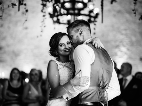 Amy & Craig, Cripps Stone Barn - Cotswold Wedding Photographer