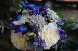 Эдельвейс в букете невесты