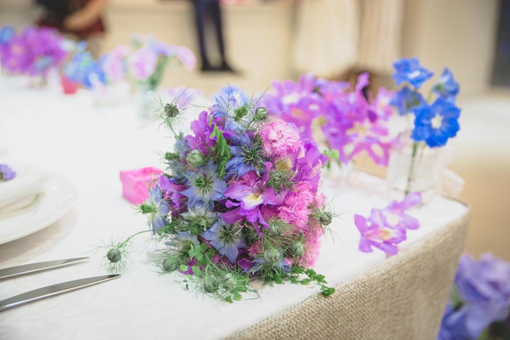 Летний розово-голубой букет