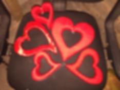Сердца из пенопласта, обмотанные шерстью и лентой
