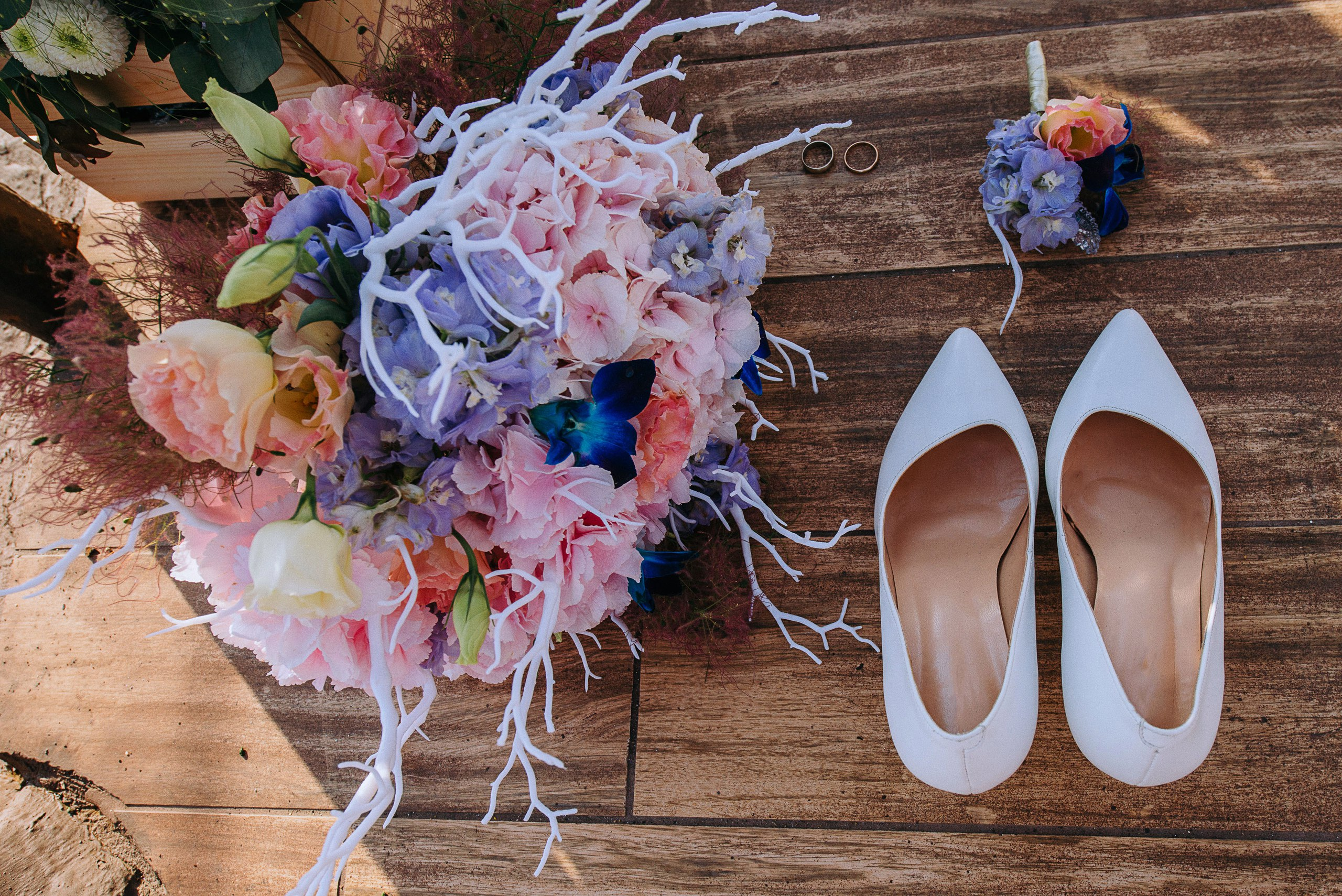 Букет невесты с кораллом