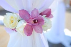 Подхваты из живых цветов