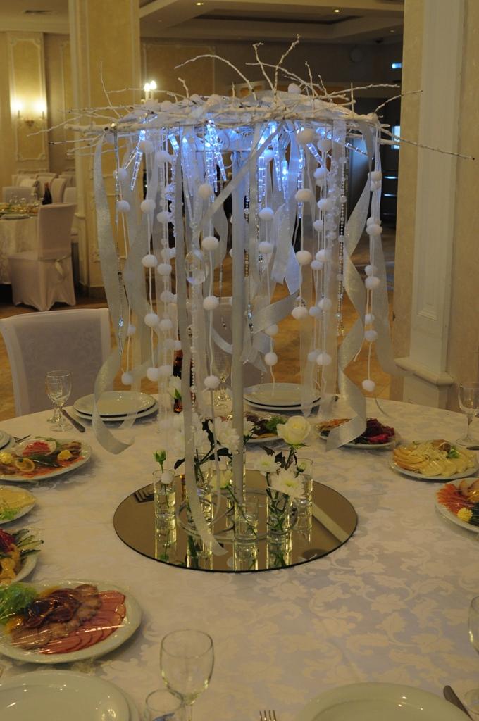 Оформление стола гостей