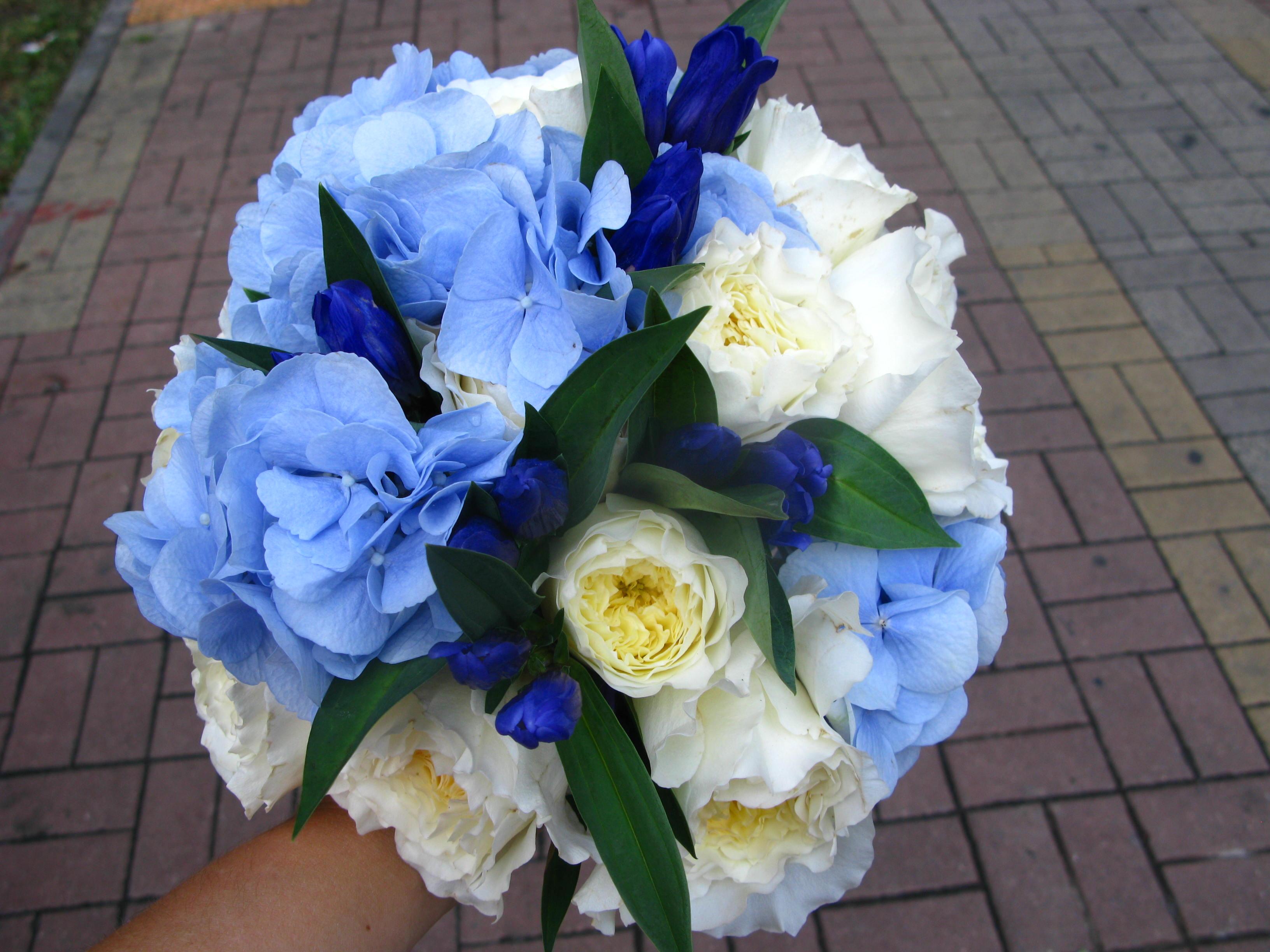 Голубой букет