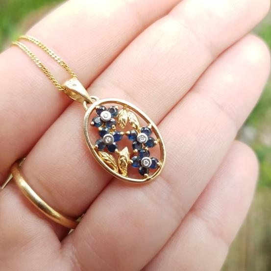 9ct Gold Sapphire Dia Diamonds Flower Pe