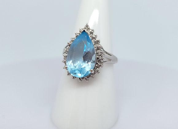 Vintage 9ct Gold Teardrop Topaz Diamond Dress Ring