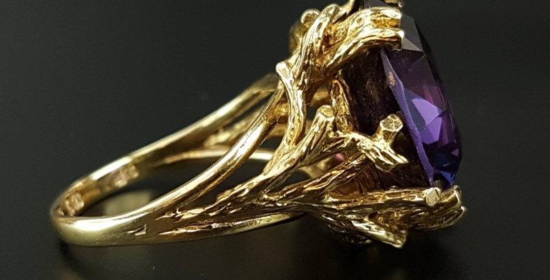 Cropp & Farr 9ct Gold Alexandrite Dress Ring Brutalist London 1964