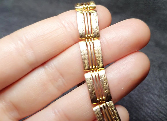 Victorian 9ct Gold Engraved Bracelet By W. J. S.  22.7 gr