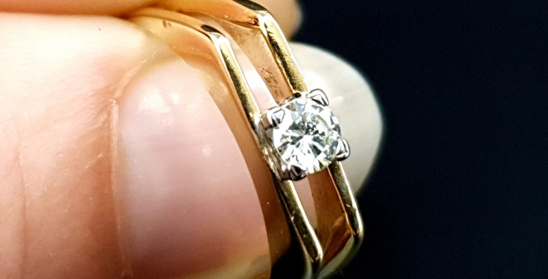 Vintage 18ct Gold VVS1-2 Diamond Modernist Engagement Ring 1967 London Maker BJ