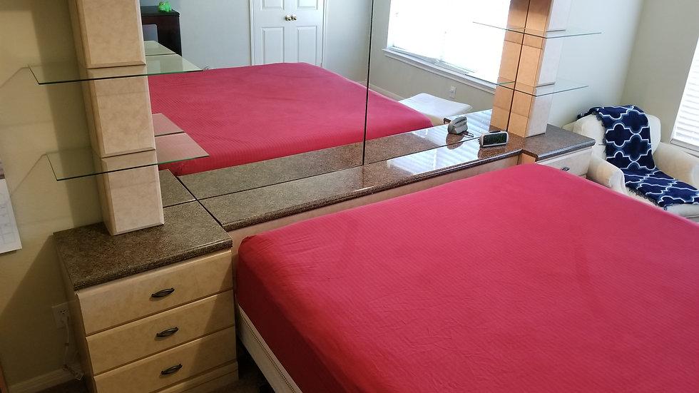 KING Bed Frame & Dresser/Mirror