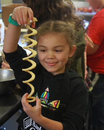 Rescued apple tarts with Pagosa Peak Open School