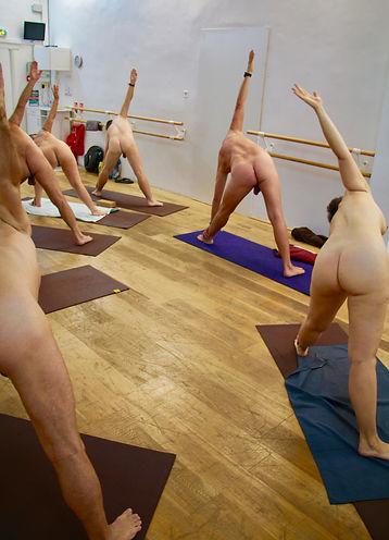 Yoga Nu