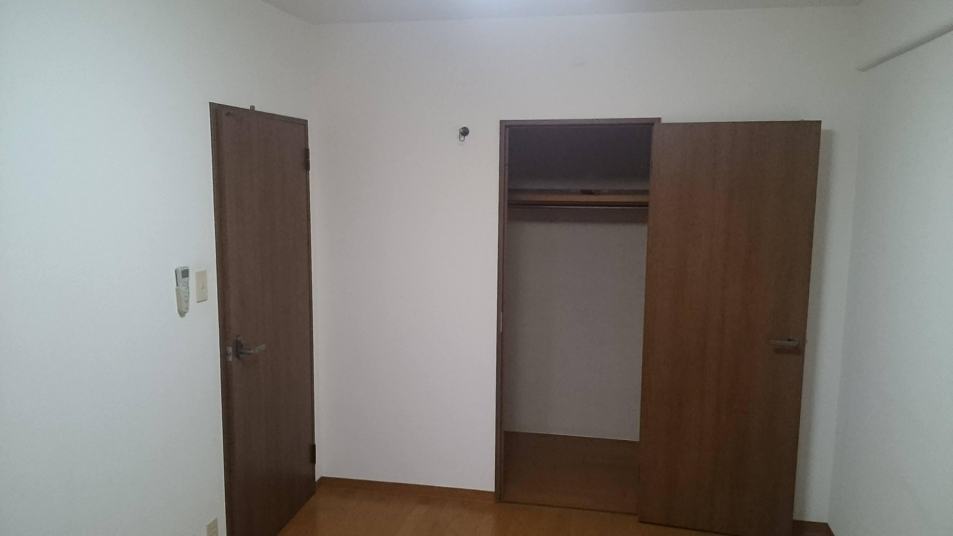 改装前/洋室2