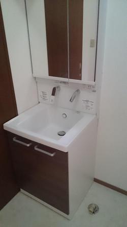 改装後/洗面台
