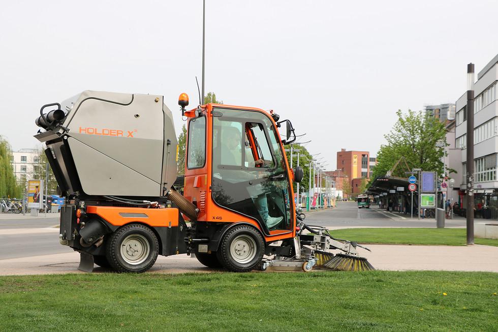X45-Sweeping-11KSK-Stadtmitte.JPG