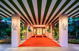 beverly-hills-entrance-red-carpet.jpg