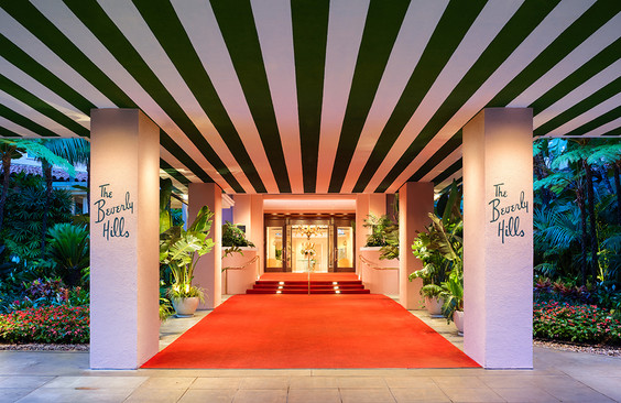 beverly-hills-entrance-red-carpet.jpg