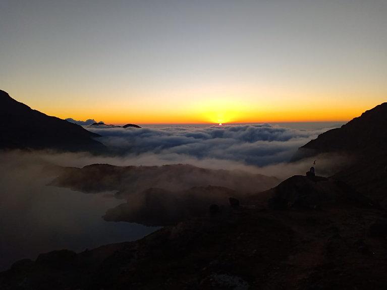 Ska adventures, Gosain Kunda sunset.jpg
