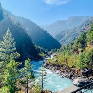 Duth Koshi Rever, Everest Trek