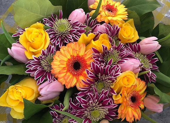 Orange arrangement Flowers