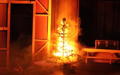 The Christmas Blaze ~ 2013