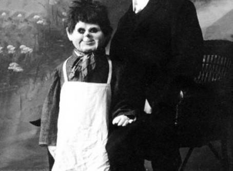 El Ventrílocuo que usaba un cadáver como muñeco