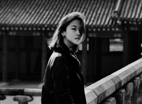 "La artista Yulia Song estrena su primer sencillo titulado ""Je t'aime""."