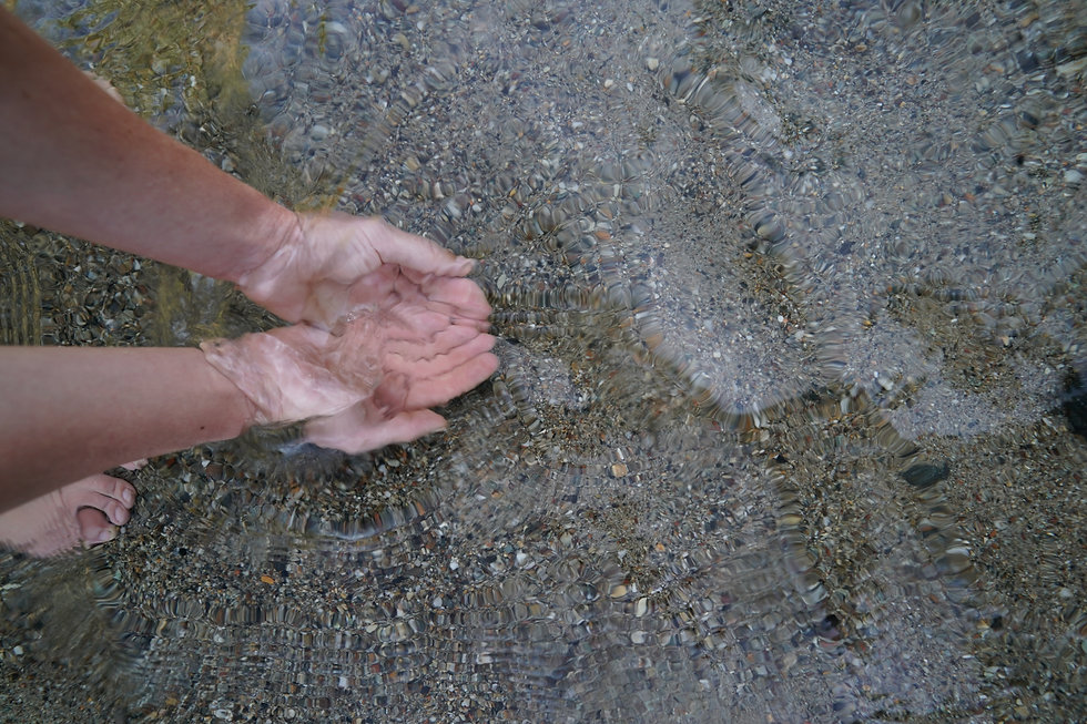 watery hands- grey yuba .JPG