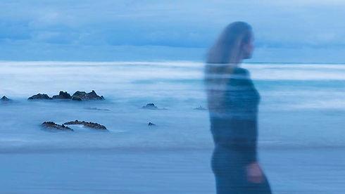 New Zealand Ocean Photographs, New Zealand Seascape Artist, Photographer, Artist In Studio, Blue Waves, New Zealand, Makorori Beach