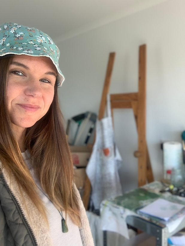 Female Artist in Studio, Artist abroad in studio, New Zealand art studio,