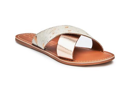 """""""Pebble"""" Sandals"""