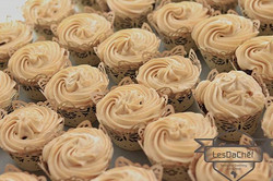 Chocolate cupcakes with salted caramel i