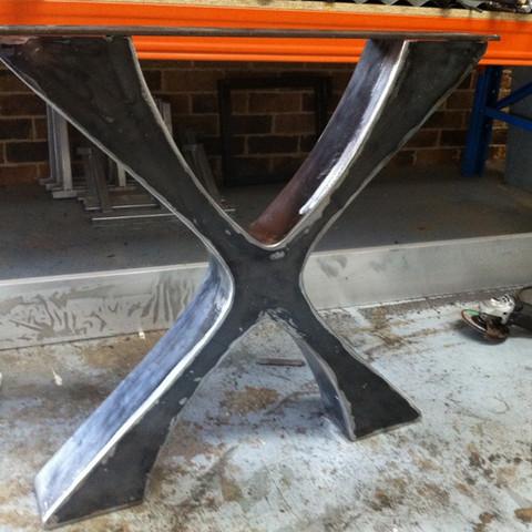 Custom table leg