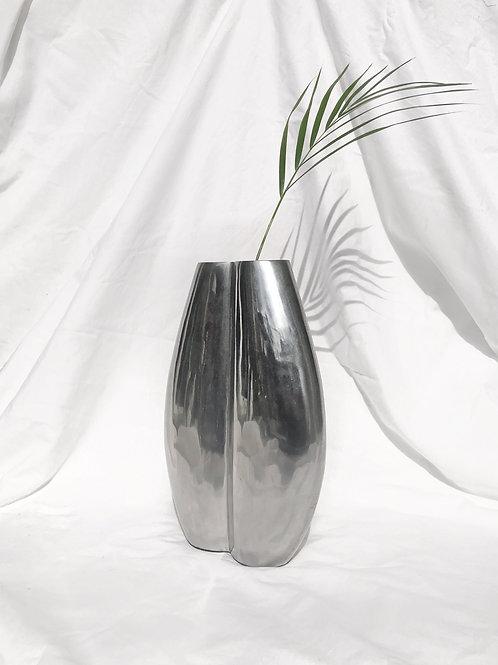 semi matte chrome vase
