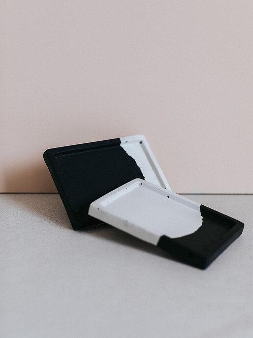 ZURI multifunctional tray black