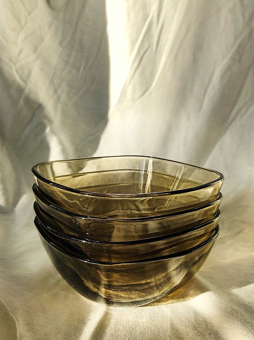 glass bowl - set of 4