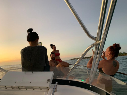 Enjoy with the sunset boat tour with family and friends.