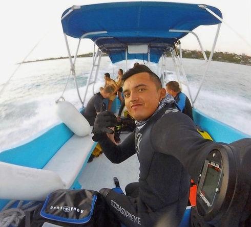 Oskar - Master Oz, Sea Hawk Divers Isla Mujeres