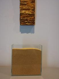 """Vista da exposição coletiva """"Rudis Meteria"""""""