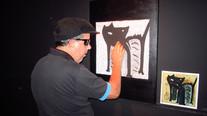 Obra O Gato de C. Ronald adaptada para o toque por Juliana Hoffmann