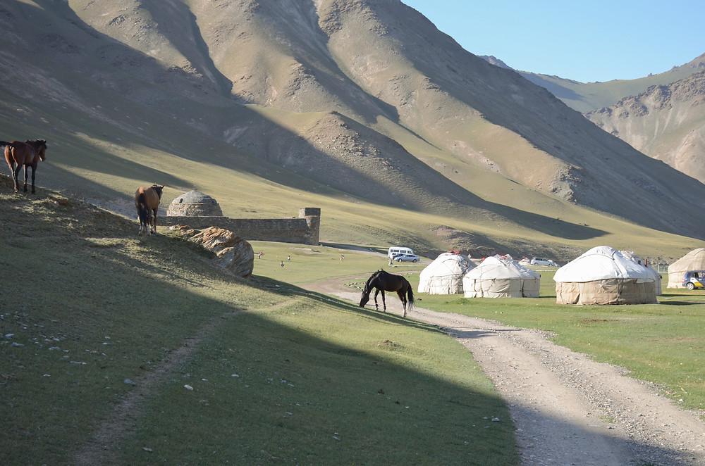 caravanserai, tash rabat, yurt camp