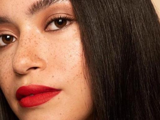 Model: Lauren (NL)