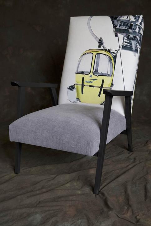 Chaise accoudoir tissu photographie Christian Arnal