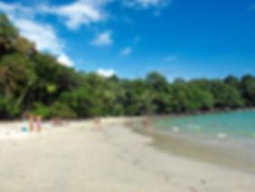 Praia de manuel antonio.jpg