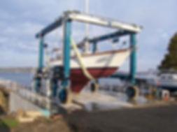 marine_travellift.jpg