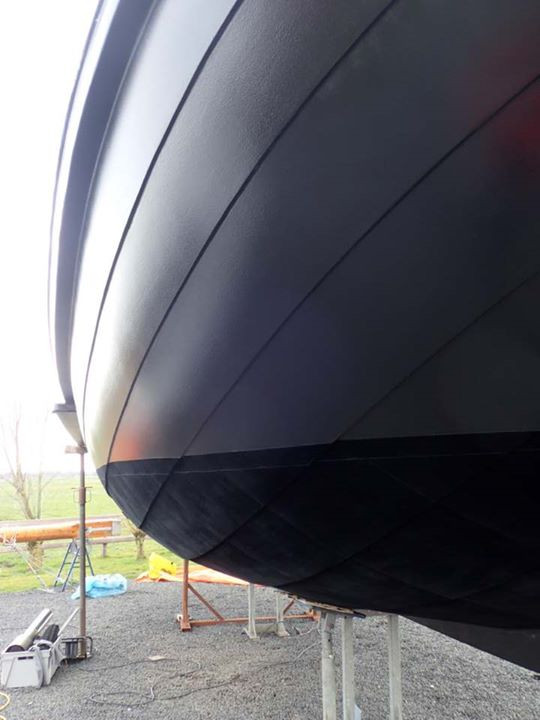 Dutch wooden sailboat with Finsulate antifouling wrap.