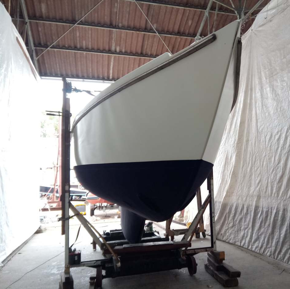 Sailboat with Finsulate antifouling wrap.